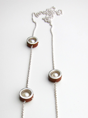 FTD_Necklace_mid